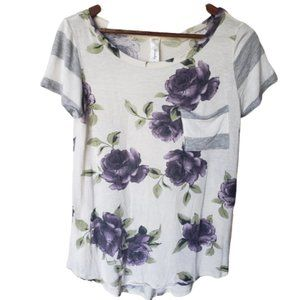 Lovely J Size Small Floral T-shirt